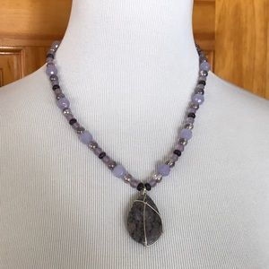 Purple tone necklace